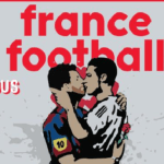Capa da France Football estampa arte com beijo na boca entre Messi e CR7