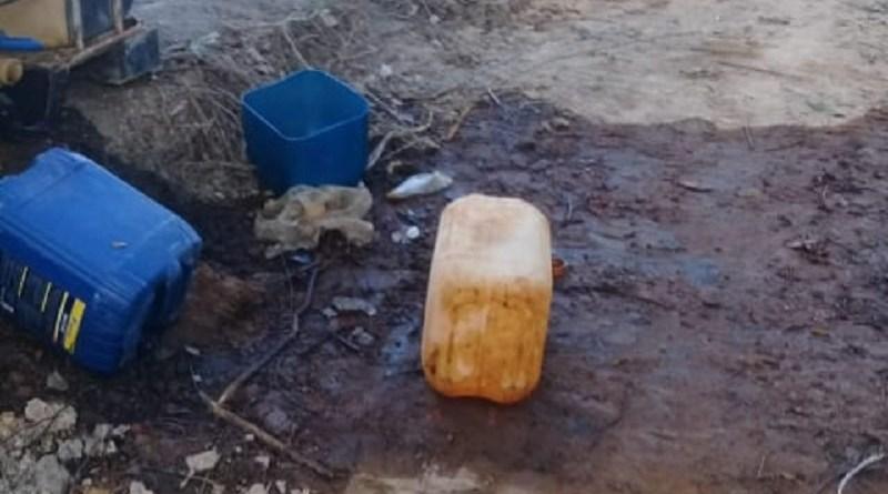 Ao destruir acampamento de Garimpo Fiscais do ICMBio cometem crime ambiental com derrame de 2 mil litros de óleo ao solo