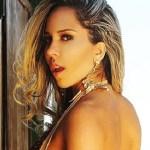 Mulher Melão exibe bronzeado em post pra lá de sensual no Instagram