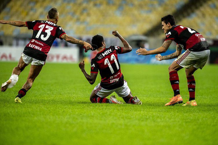 Vitinho celebra o gol da vitória do Flamengo - Marcelo Cortes/Flamengo/Direitos Reservados