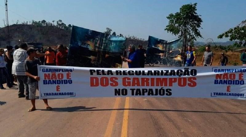 Garimpeiros-bloqueiam-estrada-no-Para-by-PRF-divulgacao