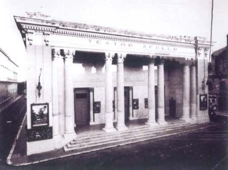 Sul Teatro Apollo di Lecce