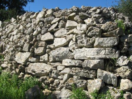 particolare del muro sul lato sud