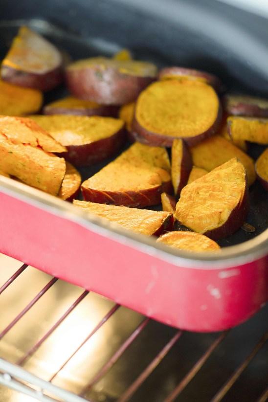 batatas-potatoes-in-oven-foodeverest-web.jpg