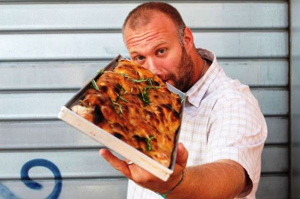 La pizza di Gabriele Bonci: in cucina con lo Chef