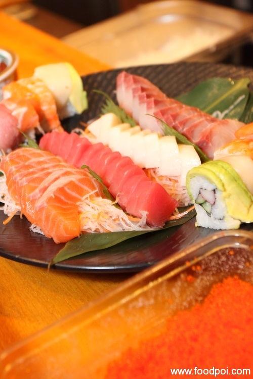 sashimi-fuji-in-the-making