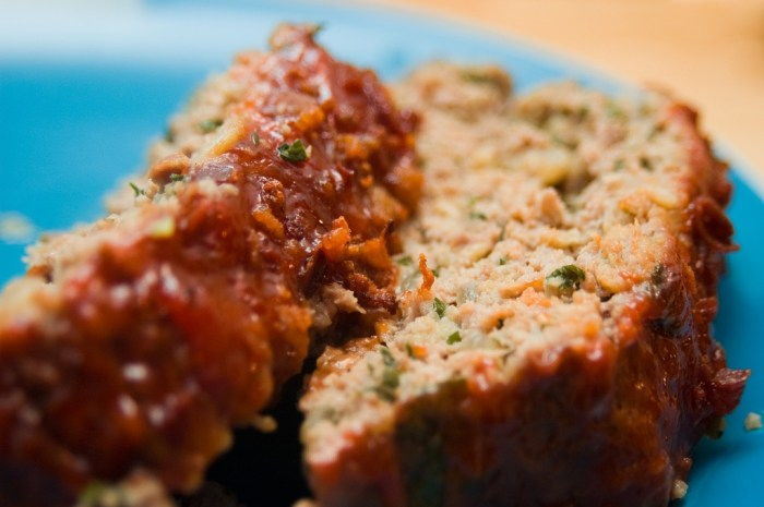 The Best Basic Meatloaf Recipe | Food Republic