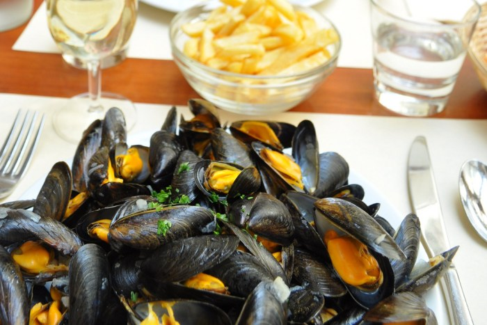 Simple moules frites recipe food republic article featured image forumfinder Choice Image