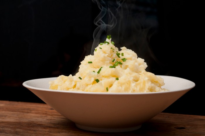 Easiest Mashed Potatoes Recipe. Period. | Food Republic
