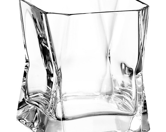 Design We Are Feeling: 4 Sleek Scotch Glasses