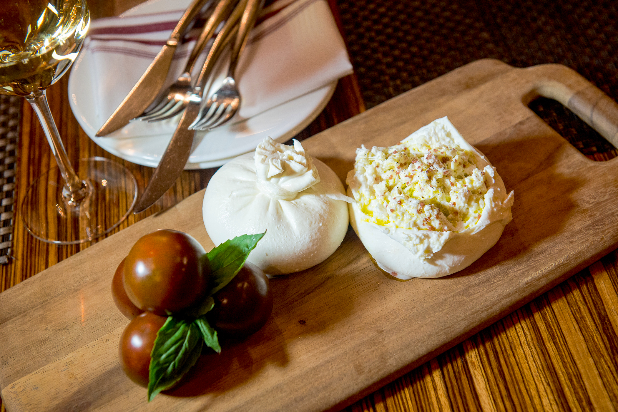 Discussion on this topic: Simple Ways to Eat Burrata: 10 Steps, simple-ways-to-eat-burrata-10-steps/