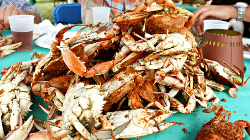 How To Cook A Proper Blue Crab Feast