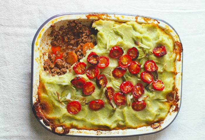 Cottage Pie With Leek And Cauliflower Mash Recipe