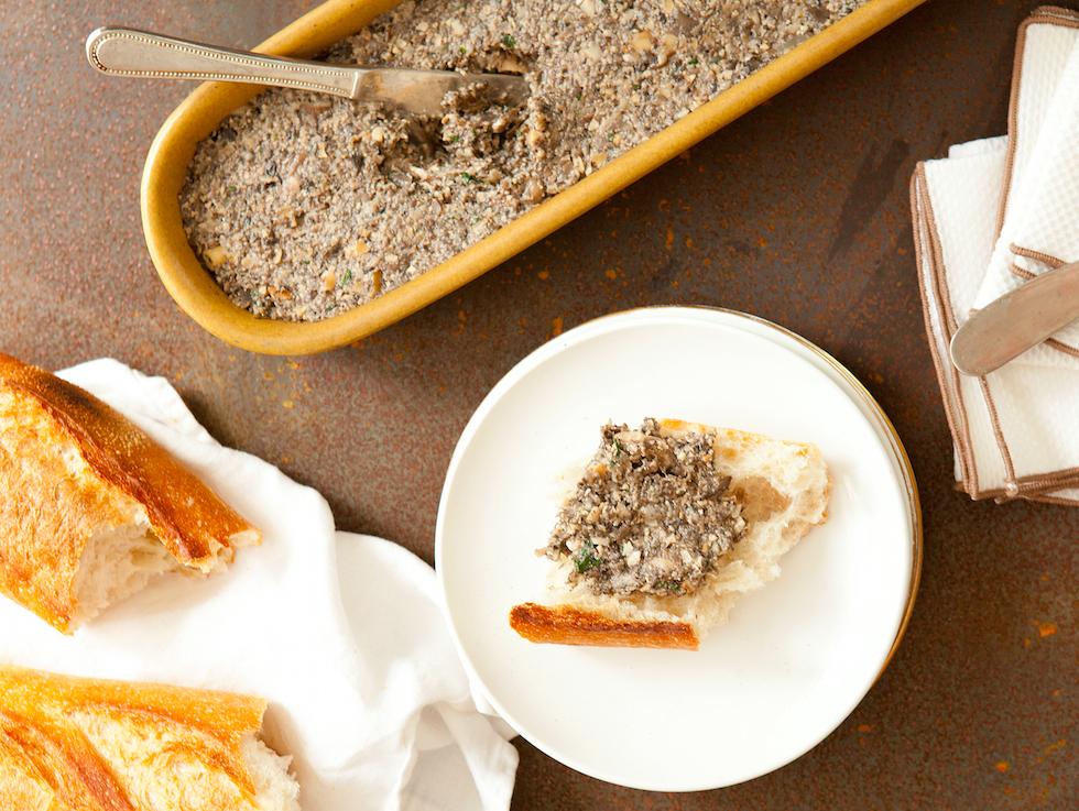 Mushroom Pâté Makes A Great Vegetarian Nosh