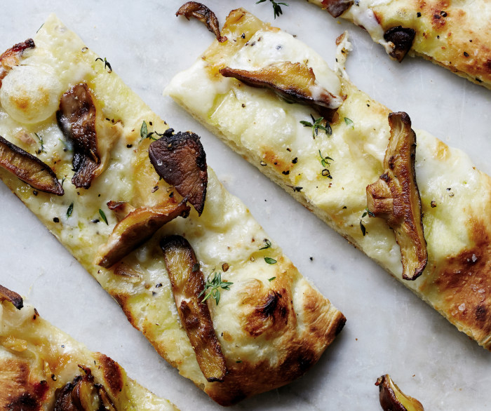 shiitake pizza with taleggio recipe