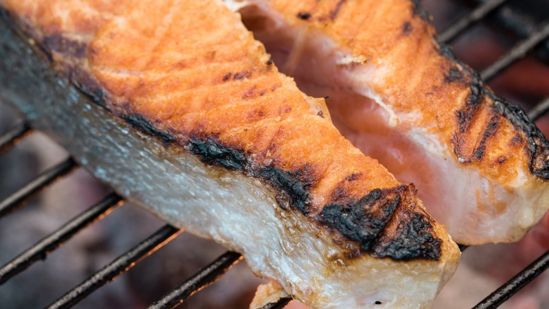 Learn how to easily achieve a perfectly crispy crust to accompany a juicy, meaty interior.