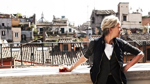 Gabrille Hamilton takes in the view while shooting an episode of Mind of a Chef in Italy. (Photos: Melanie Dunea/CPi)