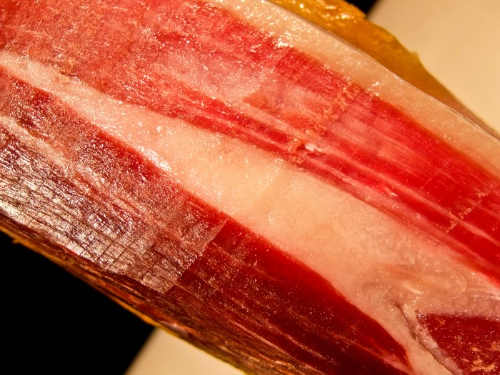 Ham showing fat