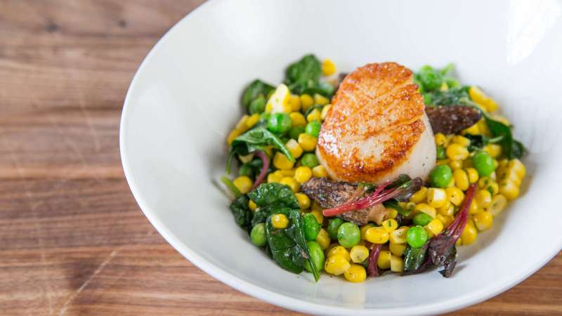 Lime-Seared Scallops In Lemongrass Broth Recipe – Food ...