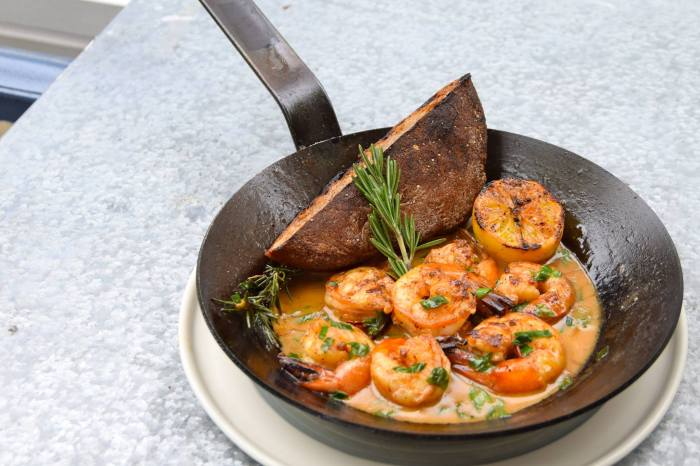 Cavan's butter-baked shrimp with grilled bread is not to be missed. (Photo: Cavan/Facebook.)