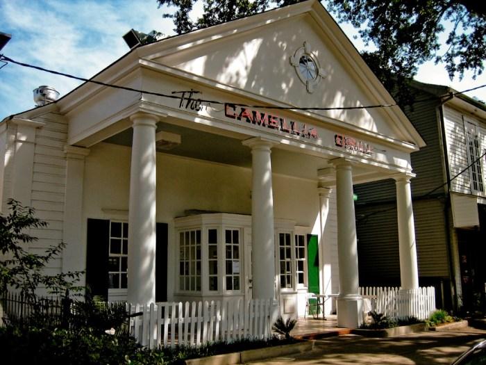 Camellia Grill Exterior - JW Sherman, Flickr.com