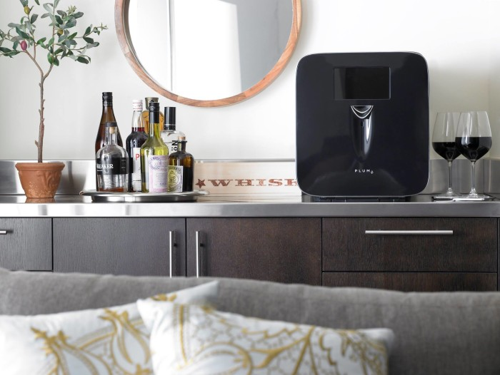 automated wine device