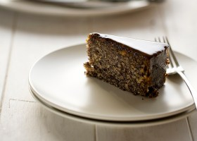 BACKGROUND Hungarian Poppyseed Cake