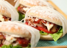 Background Pulled Pork Rolls 2
