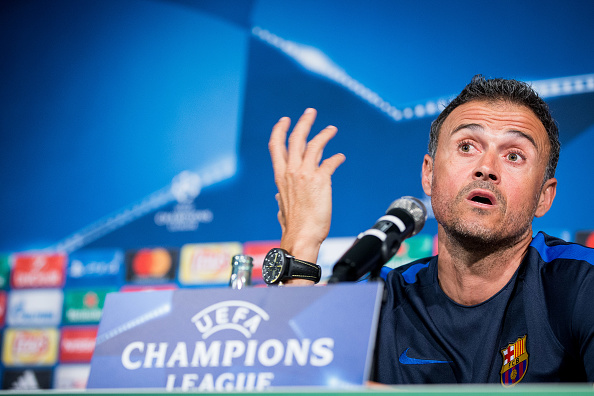 MOENCHENGLADBACH, GERMANY - SEPTEMBER 27: Coach Luis Enrique Martinez Garcia of FC Barcelona speaks during a press conference on the eve of their UEFA Champions League match against VfL Borussia Moenchengladbach at Borussia-Park on September 27, 2016 in Moenchengladbach, Germany. (Photo by Maja Hitij/Bongarts/Getty Images)