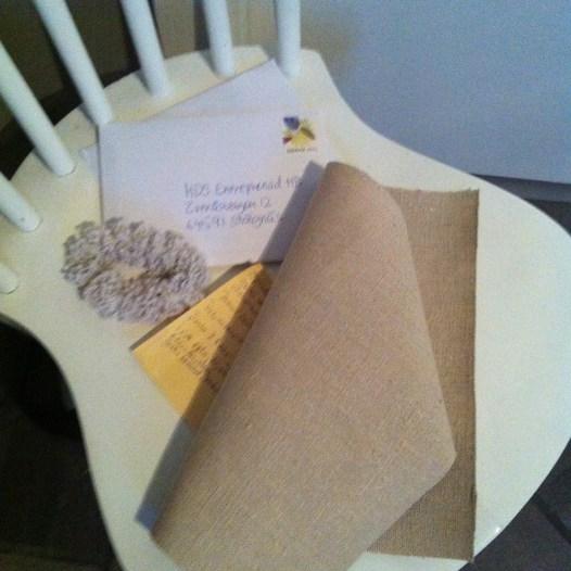 Postat kvitton och en liten tygtrasta till tryck?!?! :)