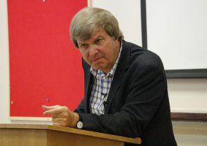 John Dear speaks at the Kinnoull conference