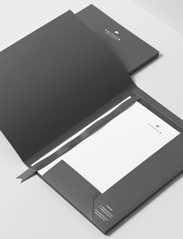 INARIA Luxury brand design consultants Silversea Luxury - packaging slips