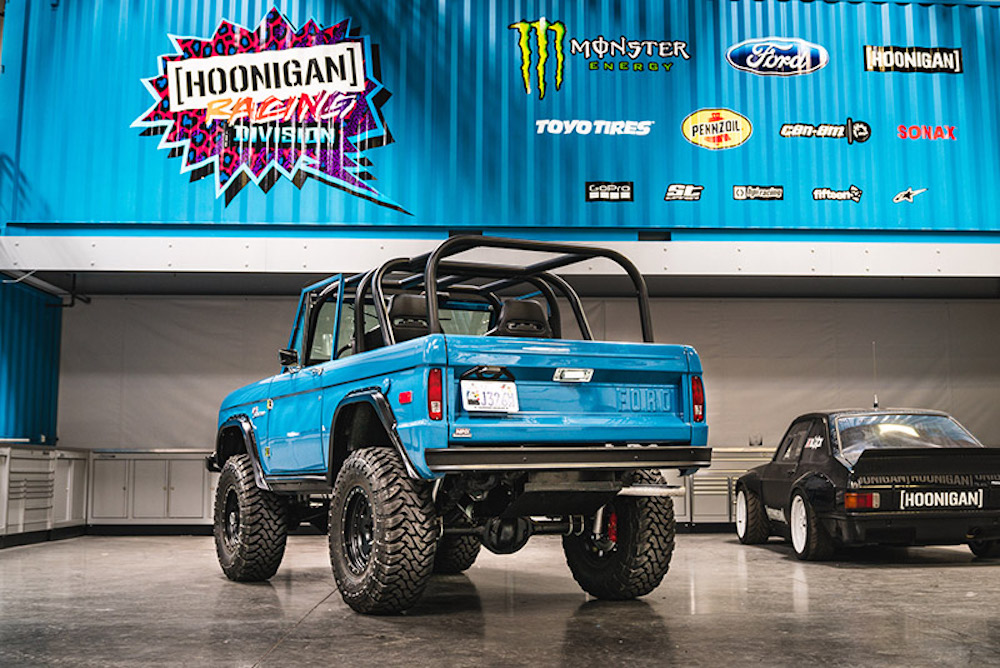 Bronco Cars Wallpaper Ken Block Gifts Wife A Coyote Powered Ford Bronco Ford