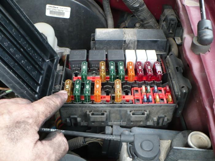 1994 mustang fuel filter