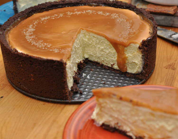 Vanilla Bean Cheesecake with Chocolate Crust and Salted Caramel ...
