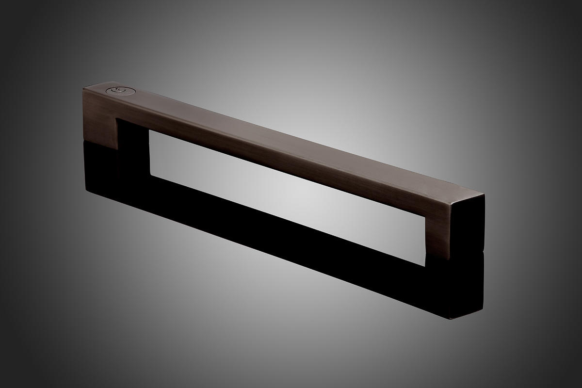 rectangular model hdrec2000l shown in oil rubbed bronze us10b with exterior ke