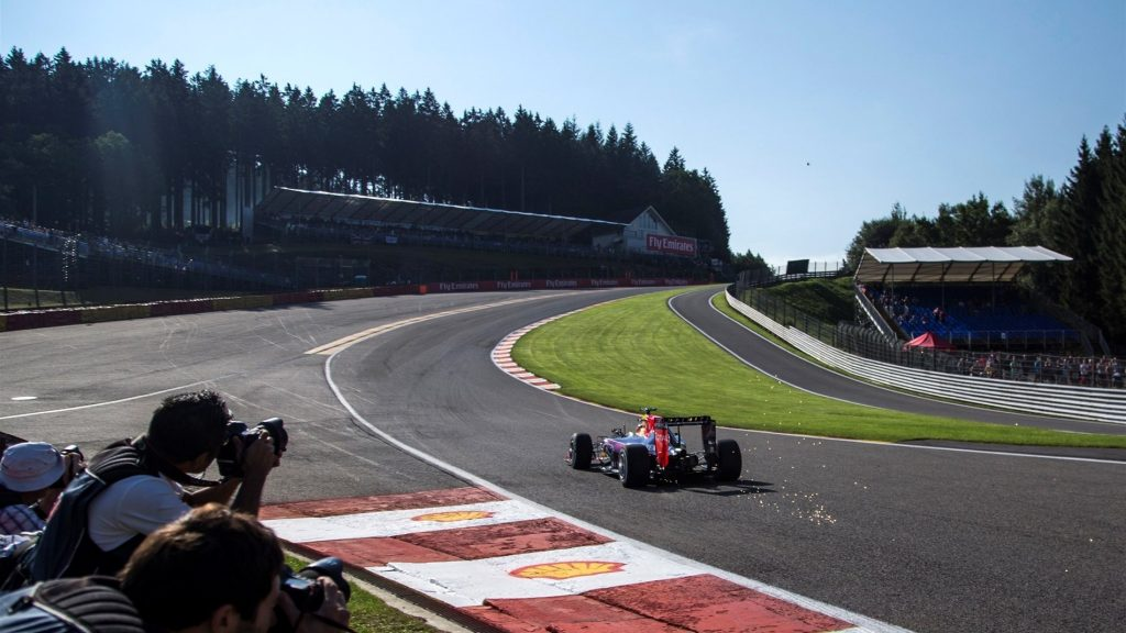 Girl Sprint Car Wallpaper The Evolution Of Eau Rouge F1 S Most Thrilling Corner In