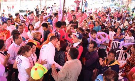 """La """"Pipomanía"""" convertida en Carnaval llega a Cd Mendoza"""
