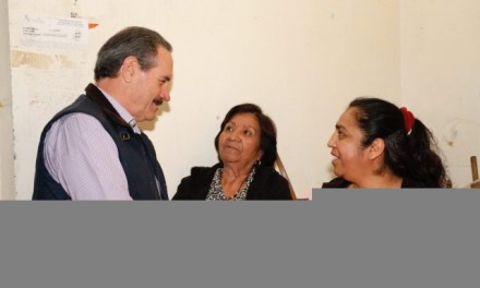 JUAN BUENO TORIO ATENDIENDO A MEDIOS DE COATZACOALCOS