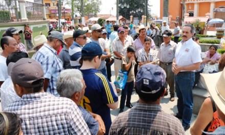 Los partidos políticos son la mala hierba que invade a Veracruz: Juan Bueno Torio