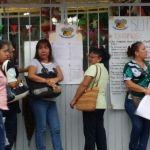 Mediante toma de planteles y bloqueos, docentes exigen a Gobierno Estatal saldar aduedos
