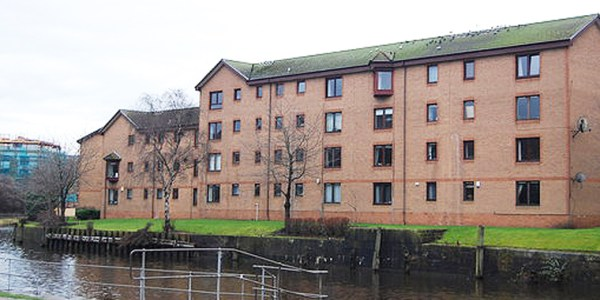 One bedroom property on the Shore within the vibrant Leith district
