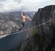 Highlining Frenchies