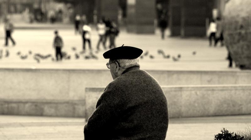 Viejo con la boina (Kristina Jamrichova)