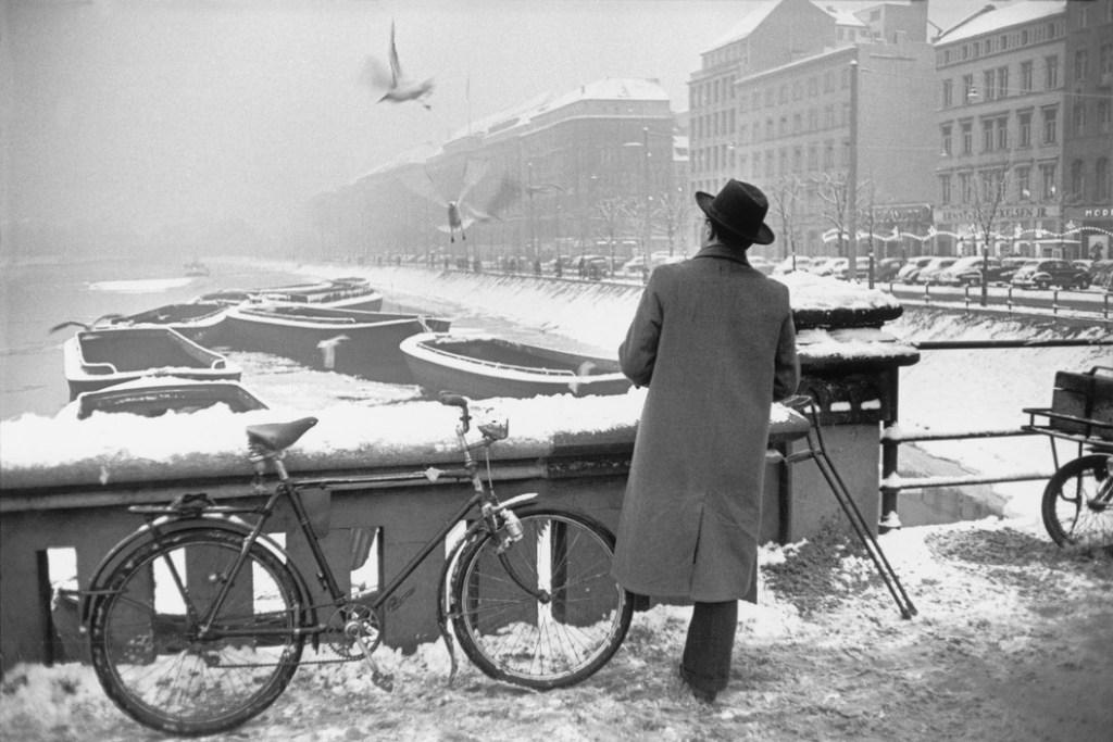 WEST GERMANY. Hamburg. December 1952-January 1953.