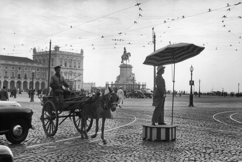 PORTUGAL. Lisbon. 1955. The Commerce Square with Statue of King José I.