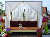 DIY Canopy Bed (outdoor)