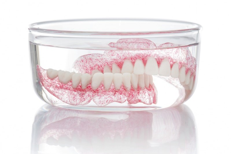 4 Reasons Why You Should Soak Your Dentures Overnight