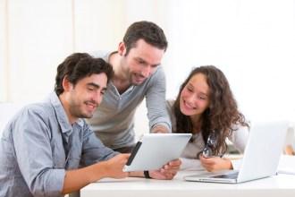 La réunionite et le reporting posent plus de soucis que la Génération Y aux managers
