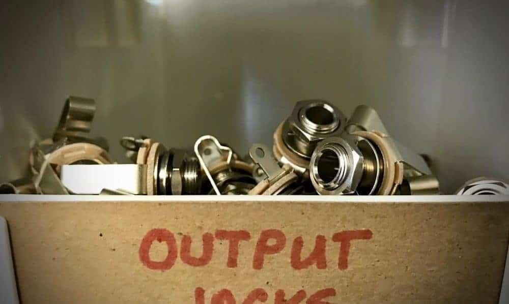 How To Properly Install An Output Jack On Your Guitar - Fralin Pickups
